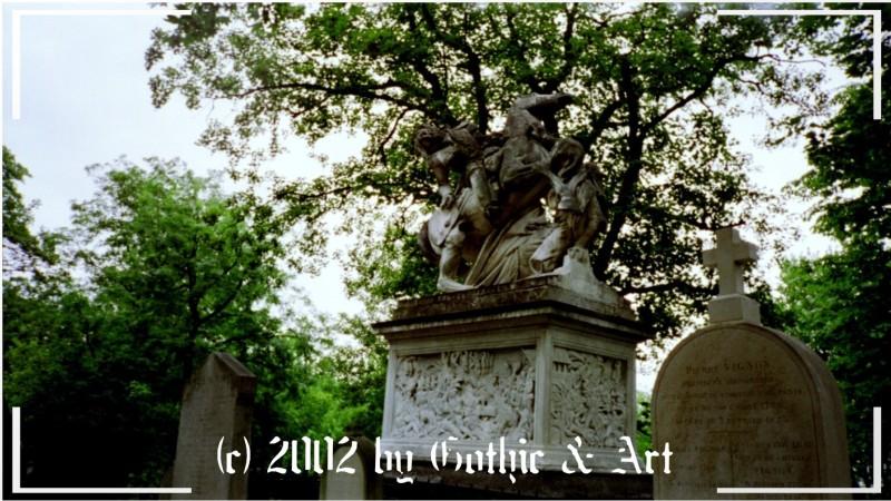 Pere-Lachaise_2003_03.jpg
