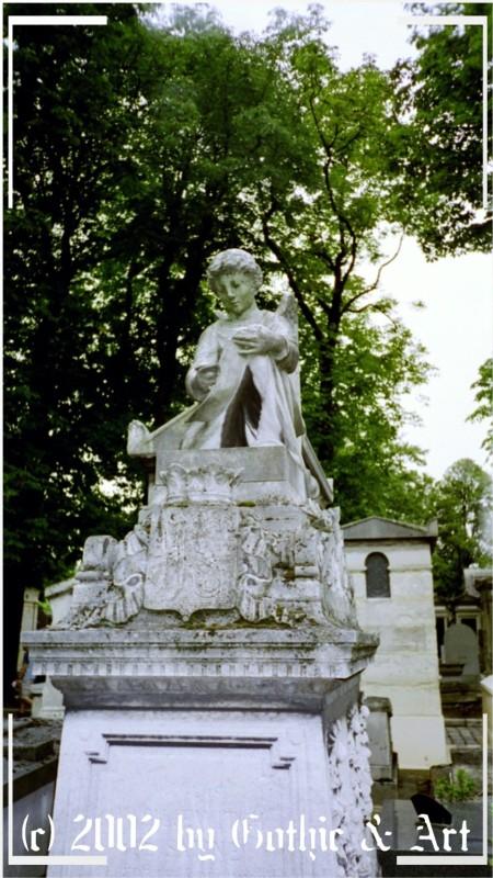 Pere-Lachaise_2003_26.jpg