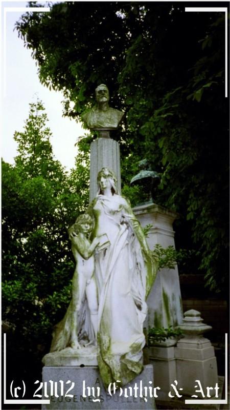 Pere-Lachaise_2003_30.jpg
